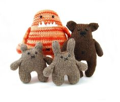 Danger Crafts Knitted Creatures by http://www.etsy.com/shop/dangercrafts