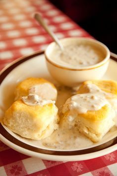 cafe - biscuits and gravy
