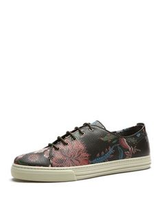 Floral-Print Leather Low-Top Sneaker by Gucci at Neiman Marcus. Gucci Floral, Sports Footwear, Shoes Too Big, Well Dressed Men, Floral Style, Timeless Fashion, Neiman Marcus, Men's Shoes, Floral Prints