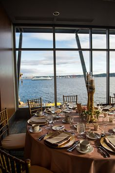 Harbor Dining Room- Affinity Photography