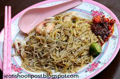 ieatishootipost blogs Singapore's best food: Singapore's Famous Best Hokkien Mee  Hainan Hokkien Mee  No 34 Golden Mile Food Centre 62946798  11am to 2pm 3pm to 9pm  Closed on Wed