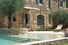 A charming house with a transparent pool! Gazebos, Swiming Pool, Charming House, Dream Pools, Stone Houses, Pool Houses, Pool Designs, Exterior Design, Outdoor Gardens