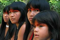 Native American Girls, Native American Beauty, Tribes Of The World, People Of The World, Rainforest Tribes, Amazon Tribe, Xingu, School Girl Outfit, Fantasy Inspiration