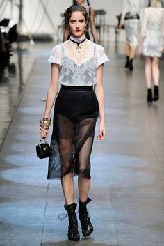 Dolce & Gabbana Spring 2010 Ready-to-Wear Collection Photos - Vogue