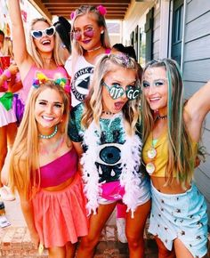 ✰ not my pics! College Sorority, Sorority Sisters, Sorority Life, Sorority Poses, Sorority Rush, Sorority Recruitment, Vsco Pictures, Bff Pictures, Bff Goals