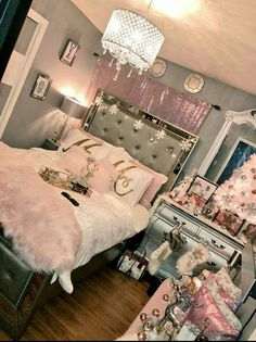 bedroom decorating ideas for teen girls creative - simple teen girl room ideas plus tips for a super warm teen girl bedrooms. Bedroom Decor Suggestion tip shared on 20190129 Dream Rooms, Dream Bedroom, Girls Bedroom, Master Bedroom, Bedroom Beach, Bedroom Small, Pink Bedrooms, Living Room Decor, Bedroom Decor