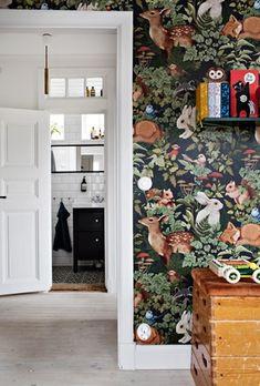 Lundin Fastighetsbyrå - Kålltorp - i toppskick Rendered Houses, Cricket Wallpapers, Woodland Nursery Decor, Nursery Wall Art, Nursery Ideas, Kids Bedroom, Kids Rooms, Bathroom Inspiration, Playroom