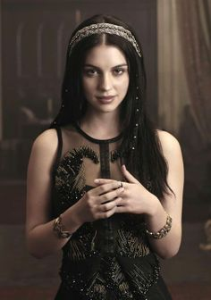 Adelaide Kane - I love her figure and all the pretty dresses she wears on Reign. I would like my body to look more like hers