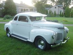 Plymouth Coupe Hot Rod - 1940