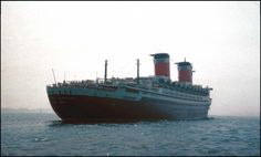 Leaving New York (Aug 1961) - SS United States (Dick Leonhardt Photo)