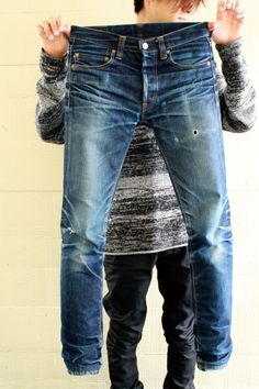 "r-rawdenim:Momotaro x Japan Blue ""Going to Battle"" by Tarmonster Ripped Jeans Men, Denim Pants, Blue Jeans Mens, Denim Shirts, Momotaro Jeans, Raw Denim, Men's Denim, Vintage Jeans, Denim Fashion"