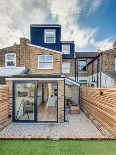 London Contemporary Fence Exterior Scandinavian with window dealers and installers terrace house Terrace House Exterior, Victorian Terrace House, House Extension Plans, House Extension Design, Glass Extension, Style At Home, Door Design, House Design, Exterior Design