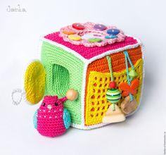 Купить Развивающий кубик для девочки с птичкой - кубик, развивающий кубик, вязаный кубик, птичка, цветочек