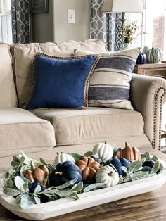 Fall living room ideas using navy, copper and sage green decor! Here are some fall living room ideas using Navy, copper, sage green and white! I'm loving this color combo because it brings that warmth to my decor! Blue Fall Decor, Fall Home Decor, Autumn Home, Fall Mantle Decor, Decor Room, Living Room Decor, Room Decorations, Living Rooms, Harvest Decorations