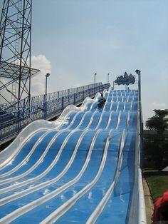 Parque Norte(22)-Medellin - Playground slide - Wikipedia