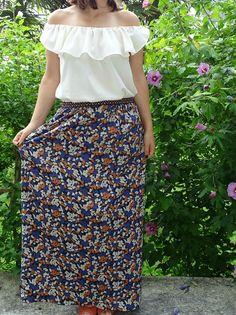 Haut et jupe plus élastique fantaisie cousus avec des tissus vendus sur 36bobines.com, boutique en ligne de tissus, patrons de couture et de mercerie