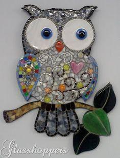 A challenge as a mosaic. Owl Mosaic, Mosaic Birds, Mosaic Art, Mosaic Glass, Mosaic Crafts, Mosaic Projects, Stained Glass Projects, Stained Glass Art, Owl Patterns