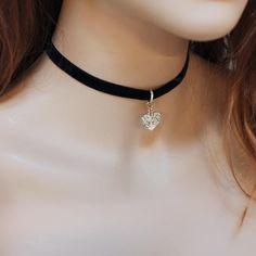 Black Velvet Choker Necklace, Lace Necklace, Necklace Sizes, Black Lace Choker, Black Jewelry, Cute Jewelry, Grunge Jewelry, Heart Choker, Accesorios Casual