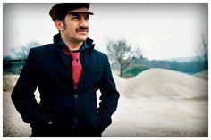 Peppe Voltarelli: un libro, un cd e uno spettacolo per raccontare la Calabria.