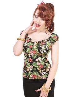 Collectif Mainline Dolores Tahiti Hibiscus Print Top Clothes @ Collectif and Vintage Style Clothing and Rockabilly Collection Vintage Inspired Fashion, 1950s Fashion, Vintage Fashion, Mode D'inspiration Vintage, Vintage Ladies, 1940s Dresses, Vintage Dresses, Vintage Clothing, Tahiti