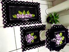 Tapete do Vaso - Jogo de Banheiro Preto e Lilás