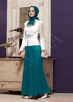 Hajib Fashion, Modesty Fashion, Fashion Outfits, Womens Fashion, Muslim Dress, Hijab Dress, Hijab Style, Hijab Chic, Islamic Fashion