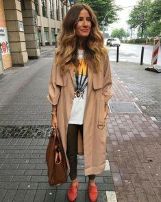 Curvy Fashion, Look Fashion, Fashion Outfits, Womens Fashion, Parka Beige, Spring Summer Fashion, Autumn Winter Fashion, Mode Inspiration, Mode Style