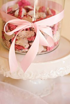 These cookies already come in pink and white so they will be perfect...plus they are cheap :)