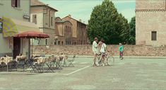 Call Me by Your Name dir. Luca Guadagnino : movies and stuff European Summer, Italian Summer, Film Aesthetic, Summer Aesthetic, Film Grab, Vintage Italy, Before Sunrise, Northern Italy, Your Name