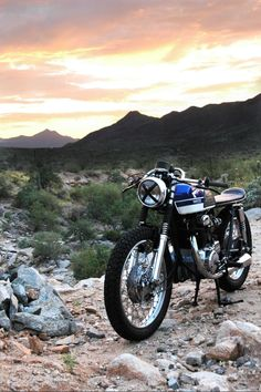 I know, Its Pinned on my Board Twice.  ... but in all fairness, it should be :)  1969 Honda CL350 Cafe Racer
