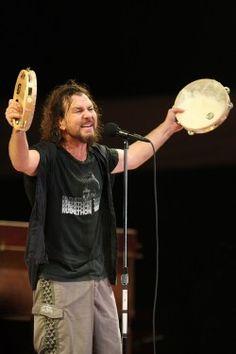 Eddie Vedder by Daniel Gluskoter
