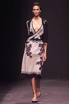 Alberta Ferretti Spring 2001 Ready-to-Wear Fashion Show - Teresa Lourenco, Alberta Ferretti