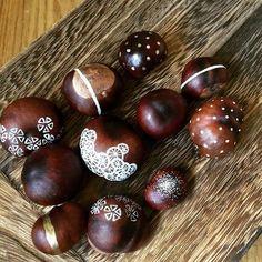 Itt a gesztenye gyűjtésének ideje! Szedj belőlük jó sokat, hogy ilyen klassz dekorációt tudj készíteni otthonra! ;-)