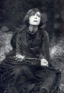 Asta Nielsen dans le rôle d'Hamlet