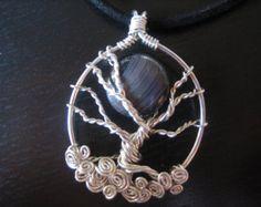 Collier en argent sterling fil enveloppé Tree of Life avec la lune, noir, agate, turquoise, bleu, terreux, hiver, automne, nature