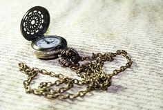 Collana con orologio pendente by Black Fashion