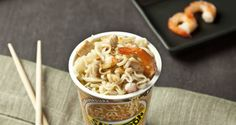 Saikebon pollo e verdure con gamberi saltati e pollo.   #Star #ricette #ricettedastar #food #recipes #yummy #foodporn #delicious #foodie #eat #foodgasm #foodpic #cookin #Saikebon #pollo #verdure #gamberi #noodles