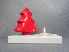 Portacandela in Ceramica con Albero di Natale Rosso
