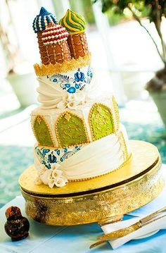 Russian Herritage Wedding Cake...so wanted this for our wedding if it wasn't nearly $5000 lol