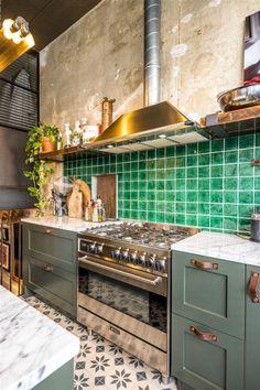 49 Awesome Rustic Bohemian Kitchen Decorations Ideas - 2020 Home design Farmhouse Kitchen Decor, Country Kitchen, New Kitchen, Kitchen Interior, Kitchen Dining, Kitchen Tiles, Kitchen Paint, Kitchen Colors, Küchen Design