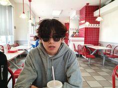 Bts Taehyung, Kim Namjoon, Yoongi Bts, Daegu, Foto Bts, Bts Photo, Hoseok, Seokjin, Billboard Music Awards