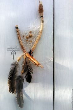 Twig Crafts, Driftwood Crafts, Driftwood Mobile, Dream Catcher Art, Dream Catcher Mobile, Dreamcatcher Meaning, Southwestern Art, Diy Bracelets Easy, Crystal Shop