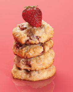 Strawberry Shortcake Cookies #cookies #strawberries #dessert #baking
