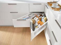 The SPACE CORNER cabinet gives you easy-to-access corner storage space for provisions. Corner Storage, Storage Spaces, Kitchen Arrangement, Design Rustique, Design Moderne, Cuisines Design, Modern Kitchen Design, Kitchen Designs, Kitchen Decor