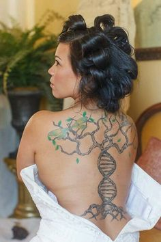 Tree of life/DNA trunk