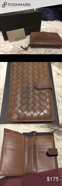 Bottega Veneta Intrecciato Brown Leather Wallet Beautiful and classic Bottega Veneta Wallet Feature multiple card slots and a zip around coin slot The leather show some wears but no tears no damages no odor   Comes with the original box Bottega Veneta Bags Wallets