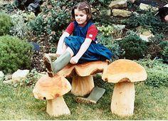Toadstool by Forest Crafts