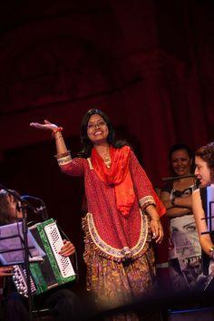 Orchestra Multietnica di Arezzo + Erriquez e Finaz - una nostra grande cantante: Tina Barua
