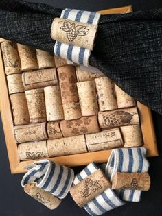 Mom's Lifesavers : DIY - You Can Make It - Cork Napkin Rings & Trivet