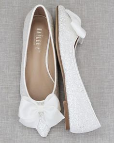 Wedding Shoes, Dream Wedding, Glitter Flats, Pointy Toe Flats, Dramatic Look, Satin Bows, Ballet Flats, Night Out, How To Wear